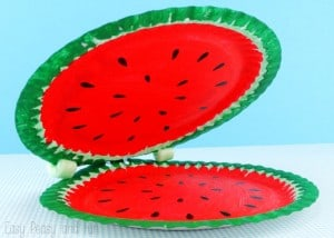 Crocodile paper plate craft easy peasy and fun for Waste paper craft for kids