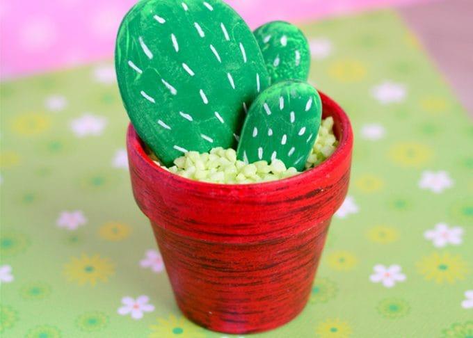 DIY Rock Cactus Craft – Painting Stones