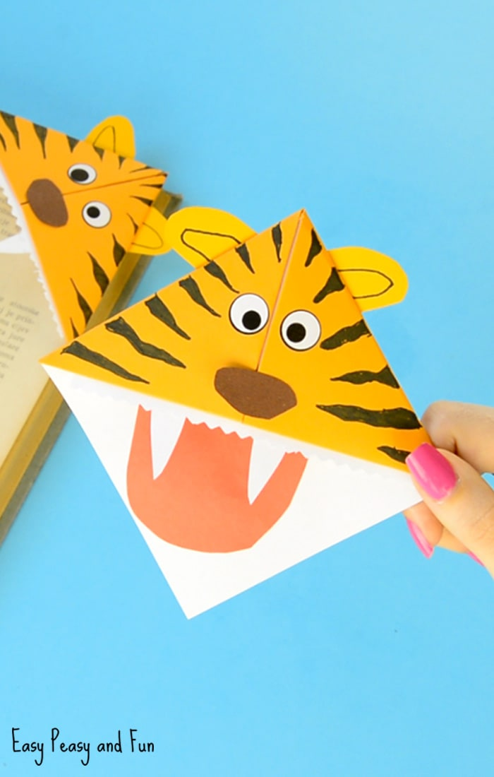 Adorable Tiger Corner Bookmarks Craft
