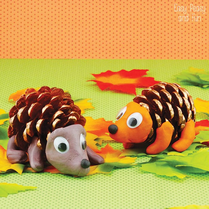 Pinecone Crafts - Pinecone-Hedgehogs