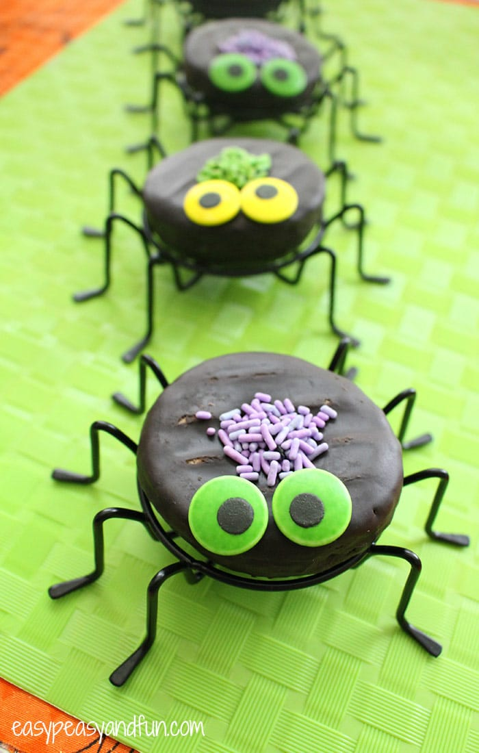 Cute Dognut Spiders - Halloween Treats