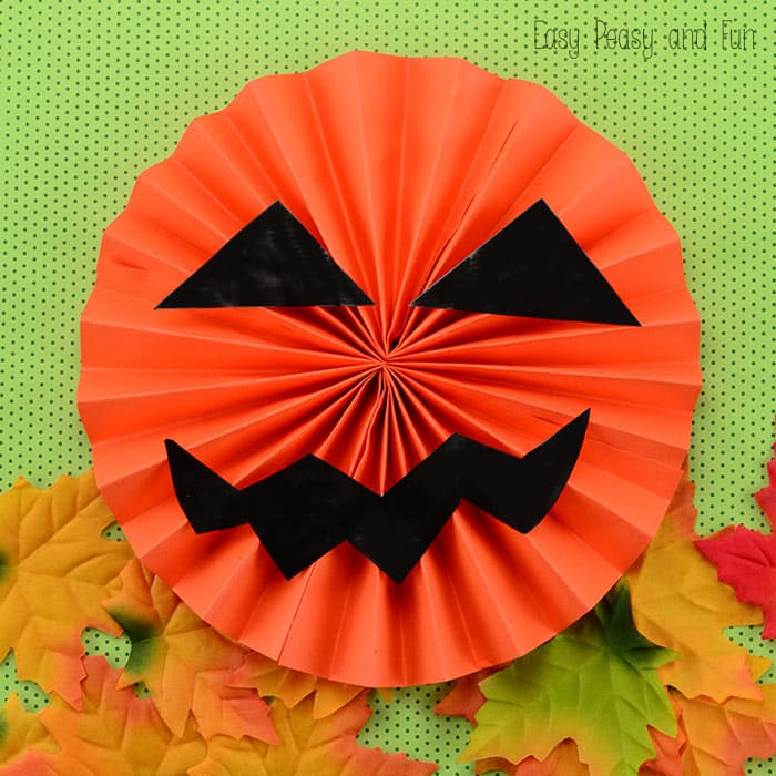 Paper Jack O\'Lantern - Easy Peasy and Fun