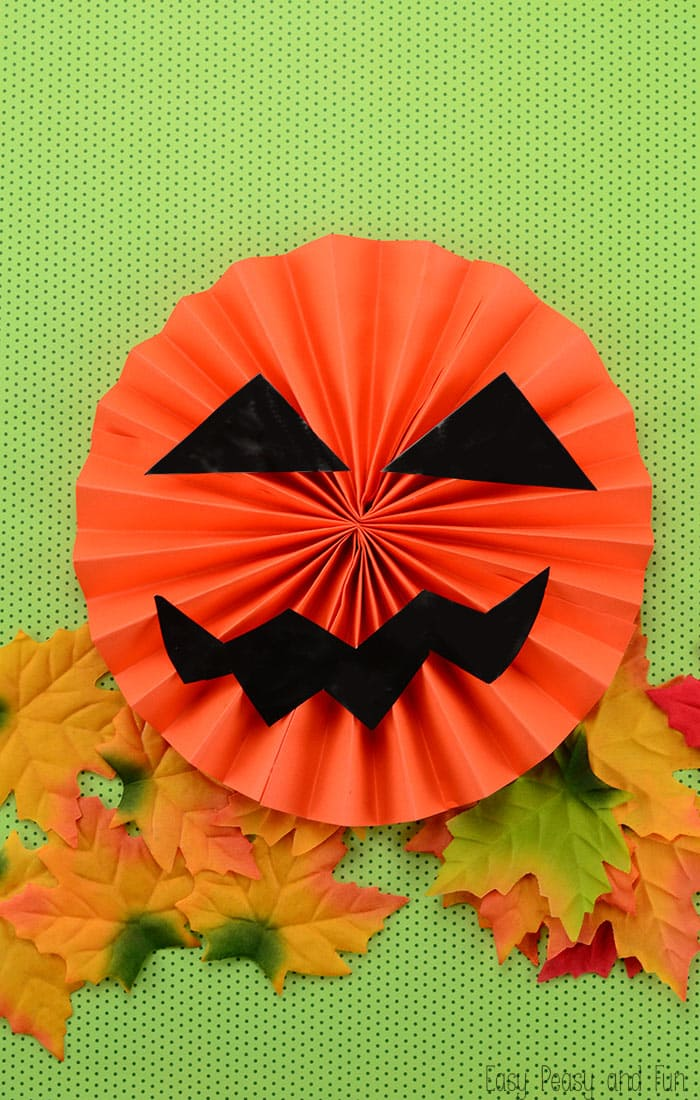Paper Jack'O Lantern - A fun Halloween Craft for Kids