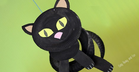 & Paper Plate Black Cat - Paper Plate Crafts for Kids - Easy Peasy and Fun