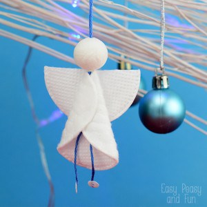 Cotton Rounds Angel Ornament - such an adorable Christmas craft for kids