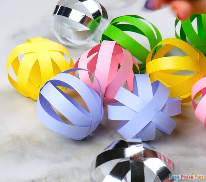 3 Ways to Make an Origami Soccer Ball - wikiHow | 600x680