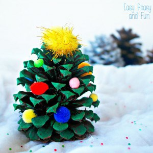 Pinecone Christmas Tree Decoration