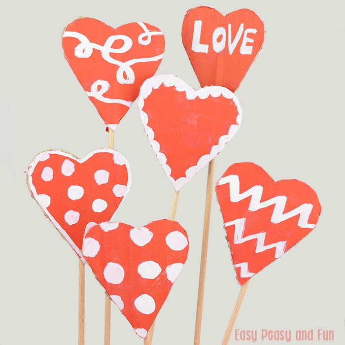 Cardboard valentines day hearts craft easy peasy and fun for Kids valentines day craft
