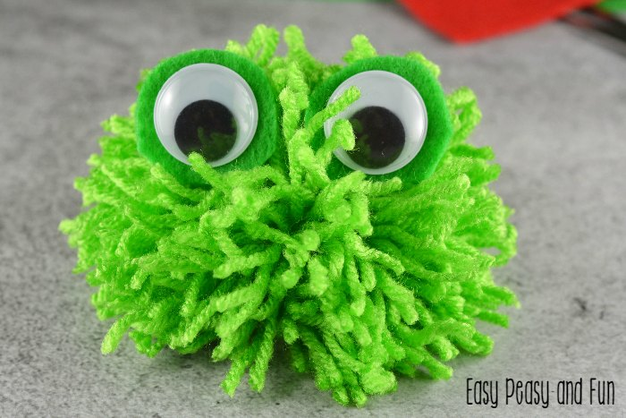 pom pom peacock craft pom pom frog pom pom crafts easy peasy and 5233