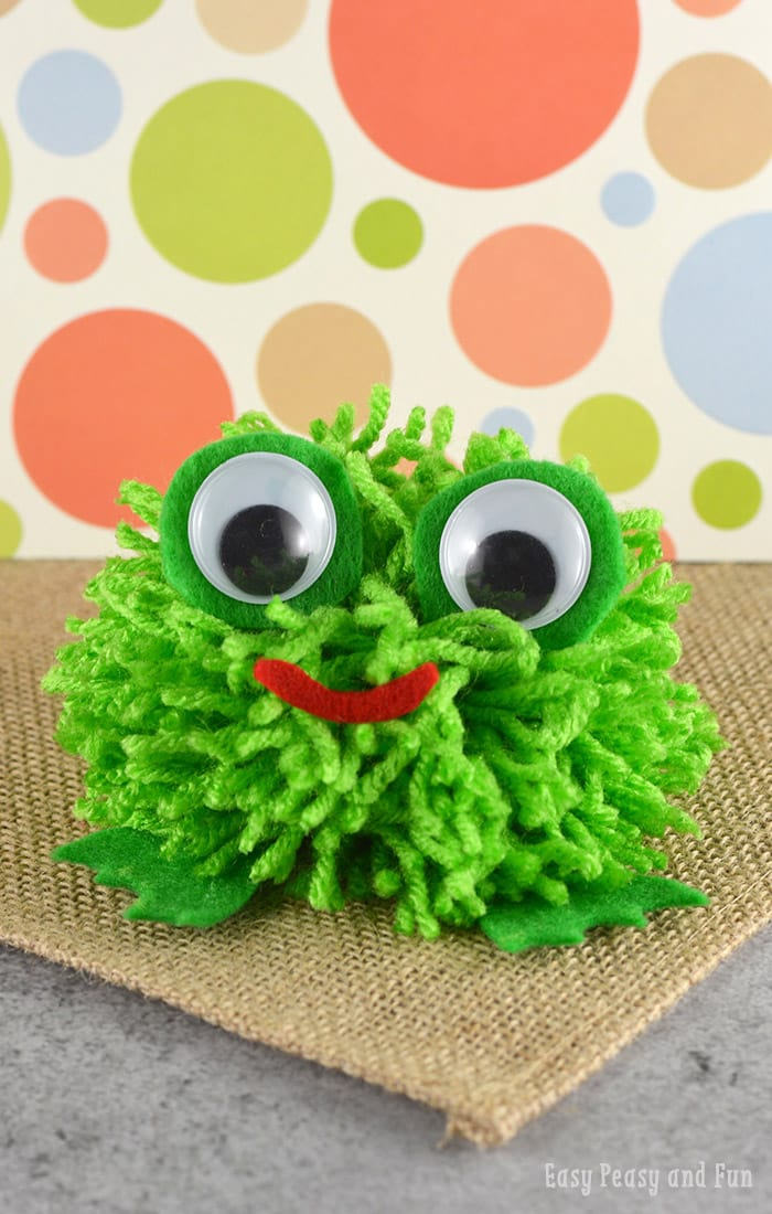 Super Cute Pom Pom Frog Craft