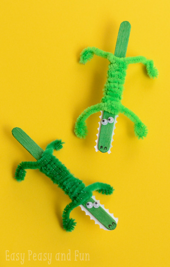 Craft stick crocodile craft easy peasy and fun for What craft should i do