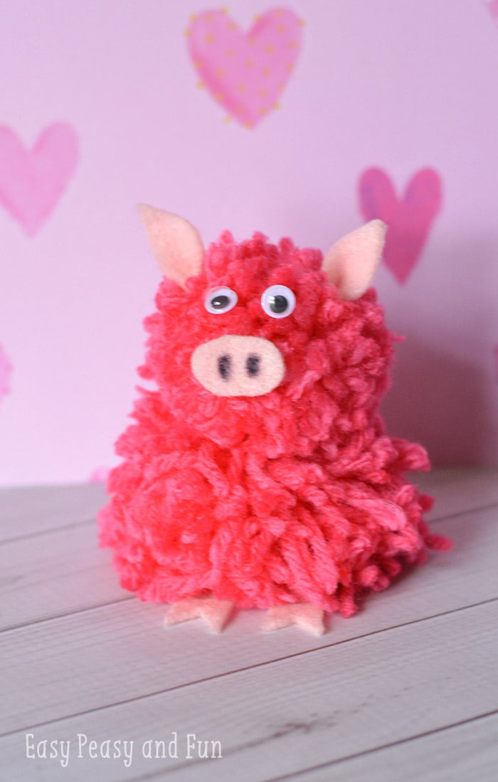 Super Cute Pom Pom Pig Craft
