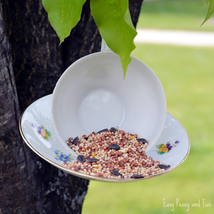 DIY Teacup Birdfeeder Craft, such a lovely thing to make for the birds