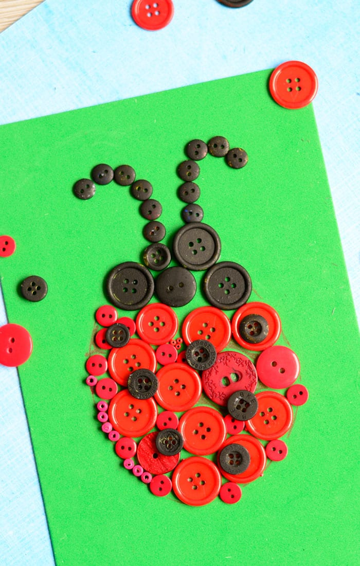 ladybug button art craft easy peasy and fun. Black Bedroom Furniture Sets. Home Design Ideas