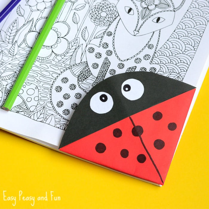 Ladybug corner bookmark tutorial