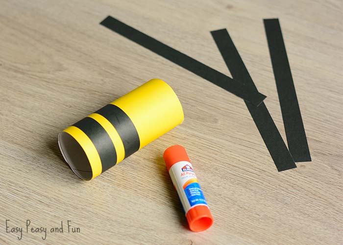 Toilet Paper Roll Bee Craft for Kids - Easy Peasy and Fun