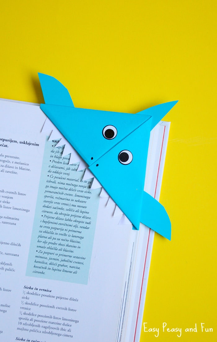 DIY Shark Corner Bookmark