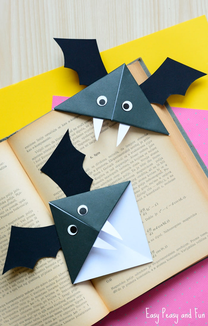Bat Corner Bookmarks Craft - Halloween Origami for Kids