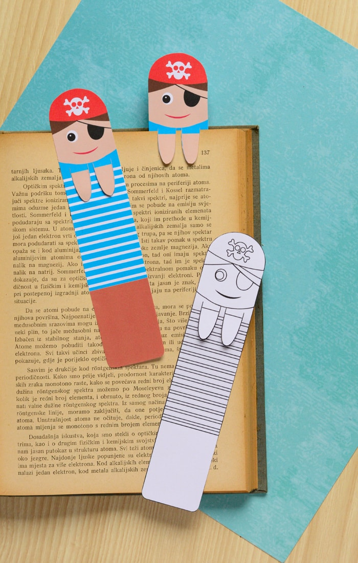 Printable pirate bookmarks diy bookmarks easy peasy for Bookmark craft for kids