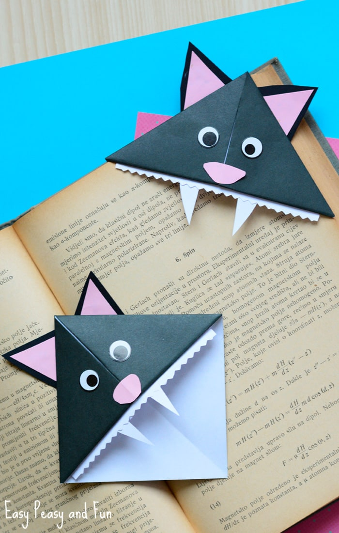 Halloween Cat Corner Bookmarks