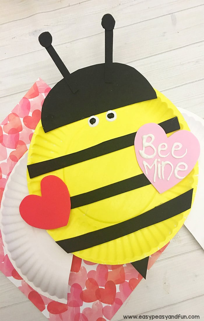 Valentines Day Paper Plate Craft & Bee Mine Valentines Day Paper Plate Craft - Easy Peasy and Fun