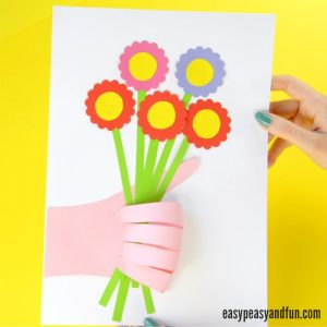 Handprint Flower Bouquet Craft – Mother's Day Idea