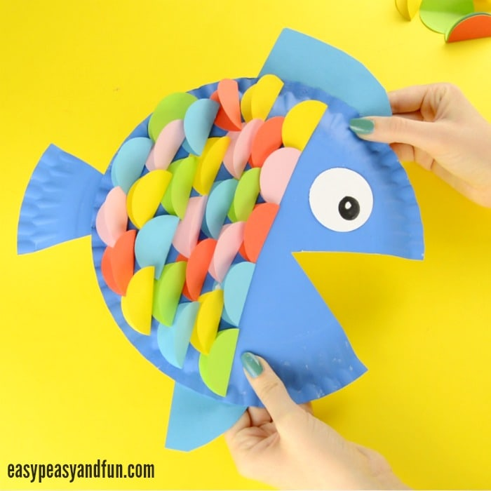 Origami Scaled Fish - not a tutorial - YouTube | 700x700