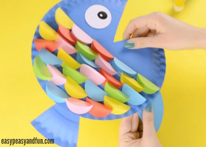 Paper Plate Fish Craft Rainbow Paper Circles Easy Peasy And Fun