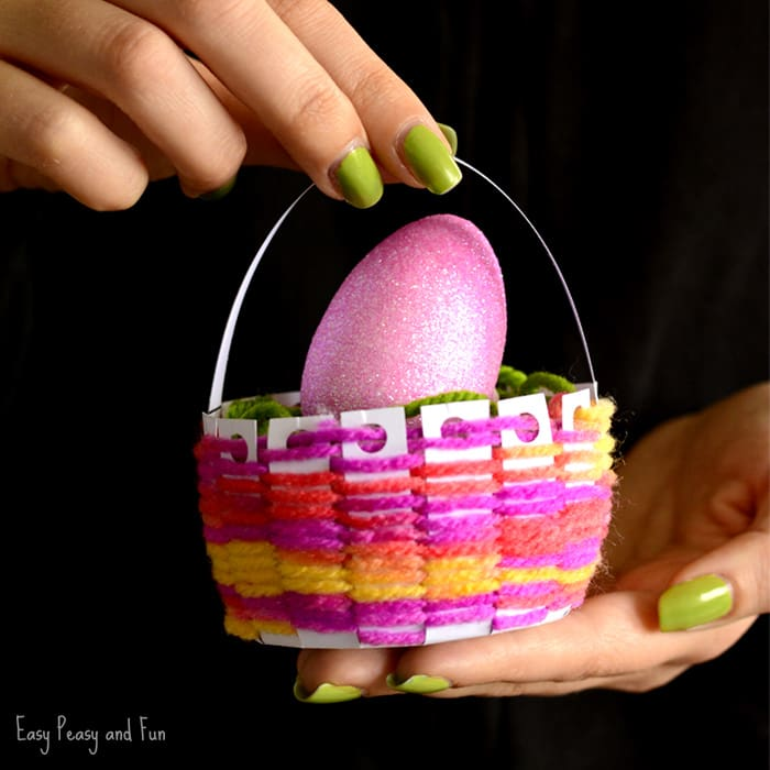 How To Make A Woven Easter Basket : Woven easter basket craft easy peasy and fun