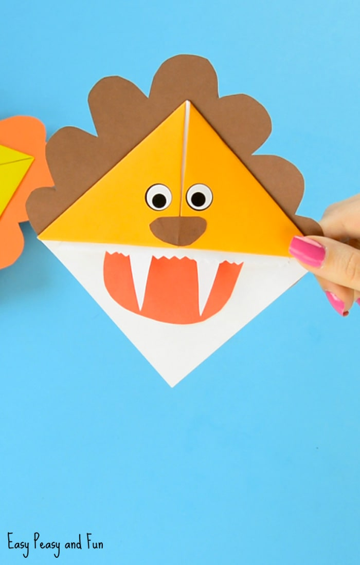 Lion Corner Bookmarks Origami