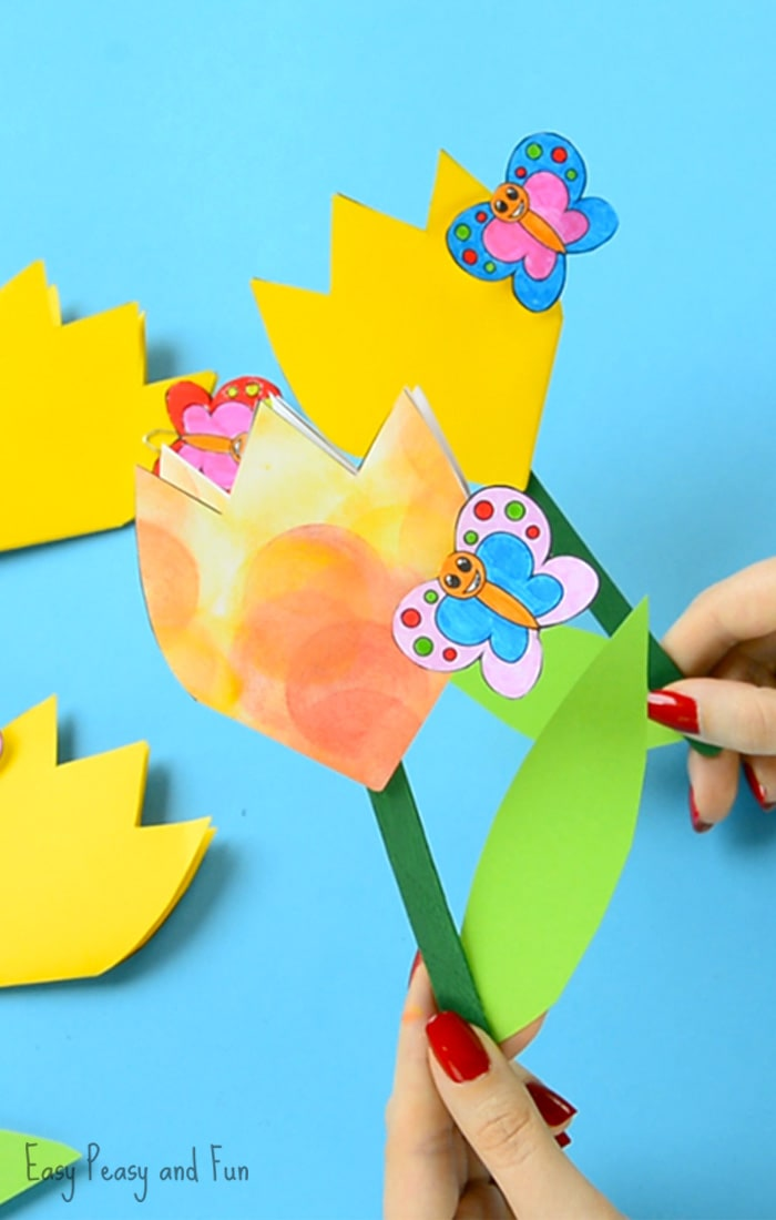 Paper Tulip Flower Craft with Printable Template - Easy ...