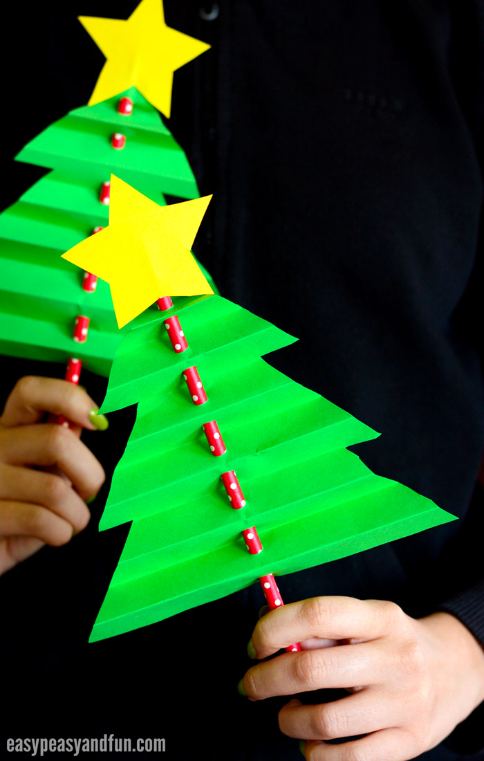 Accordion paper christmas tree easy peasy and fun for Free christmas crafts for kids