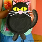 Black Cat Paper Plate Craft Idea for Kids
