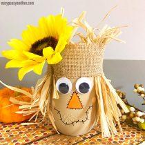 DIY Scarecrow Mason Jar – Fall Mason Jar Crafts