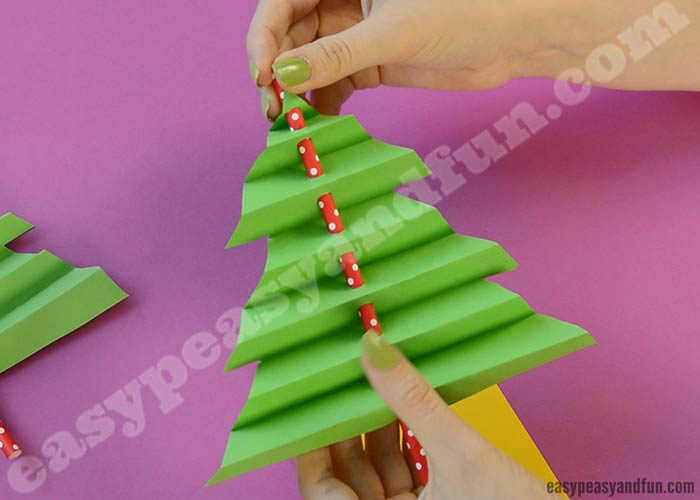 accordion paper christmas tree accordion paper tree easy peasy and 3311
