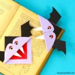Vampire Corner Bookmark – Fun Looking DIY Halloween Bookmark