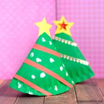 Rocking Paper Plate Christmas Tree & Paper Plate Crafts - Easy Peasy and Fun