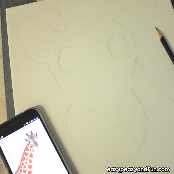Step 1 draw the giraffe on canvas with pencil