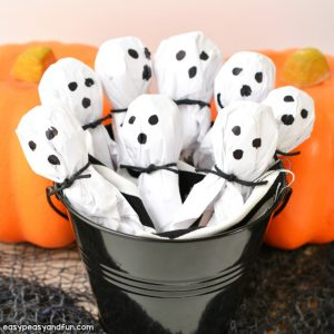 DIY Lollipop Ghosts – Easy Halloween Decoration Kids Can Make