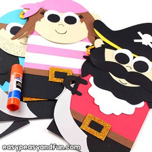 Pirates Puppets