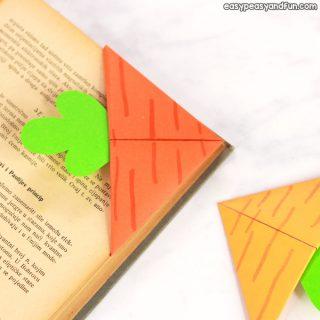 Easy Carrot Corner Bookmark