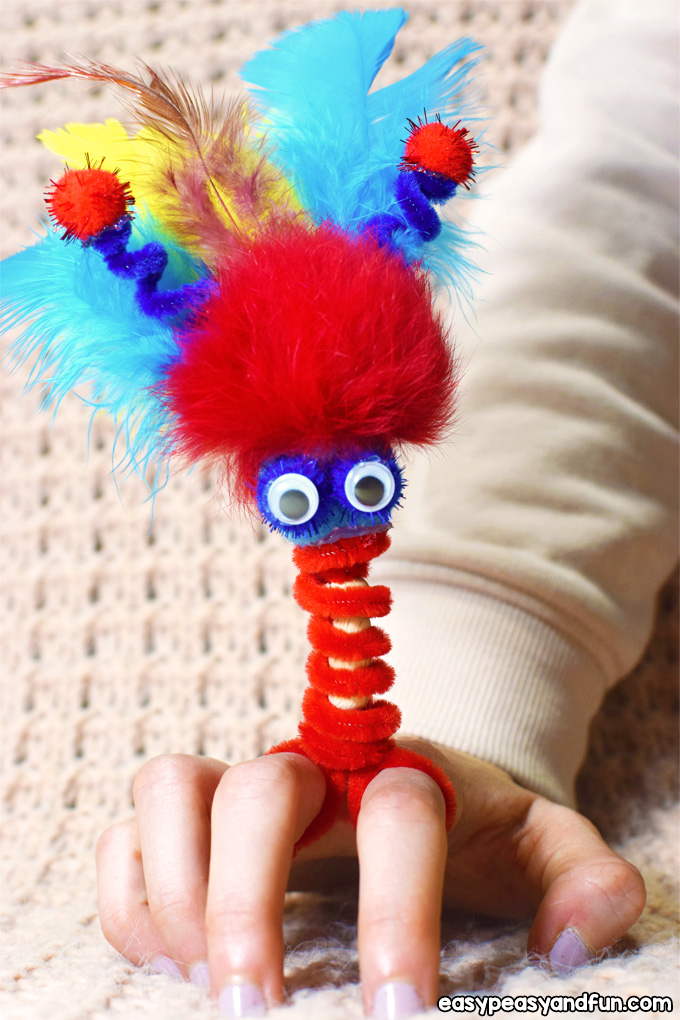 Pipe Cleaner Finger Puppets - Pipe Cleaners Crafts for Kids
