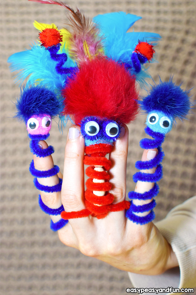 Pipe Cleaner Finger Puppets for Kids to Make