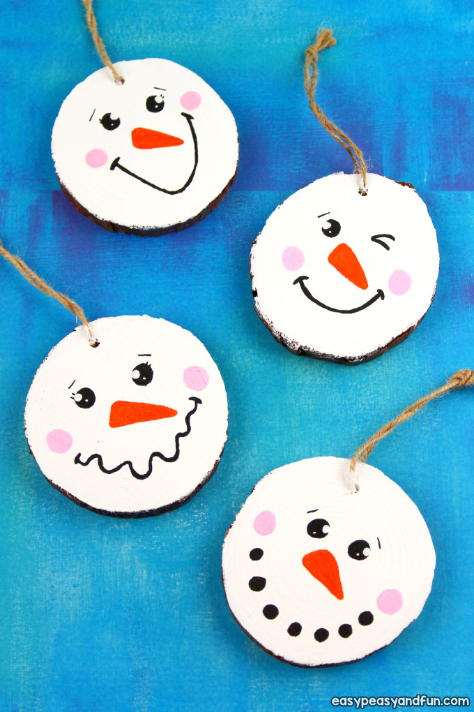 Wood Slice Snowman Ornament Idea