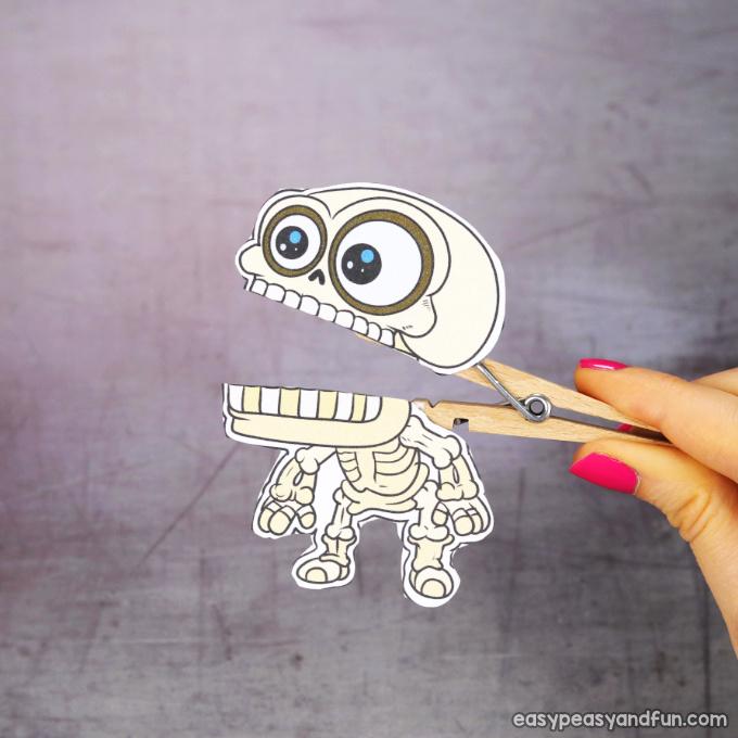Clothespin Halloween Puppet