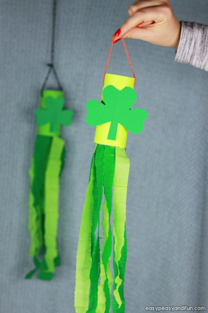 St. Patrick's Day Windsock Toilet Paper Roll Craft