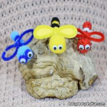 Bug Pipe Cleaner Crafts with Pom Poms