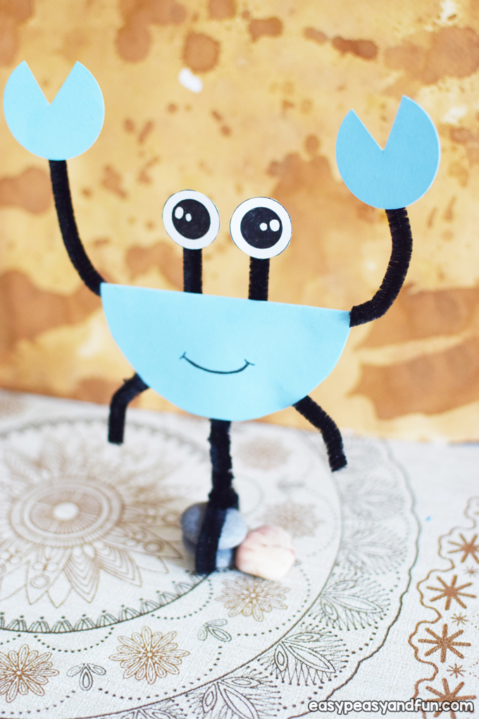 Pipe Cleaners and Paper Crab Craft for Kids to Make