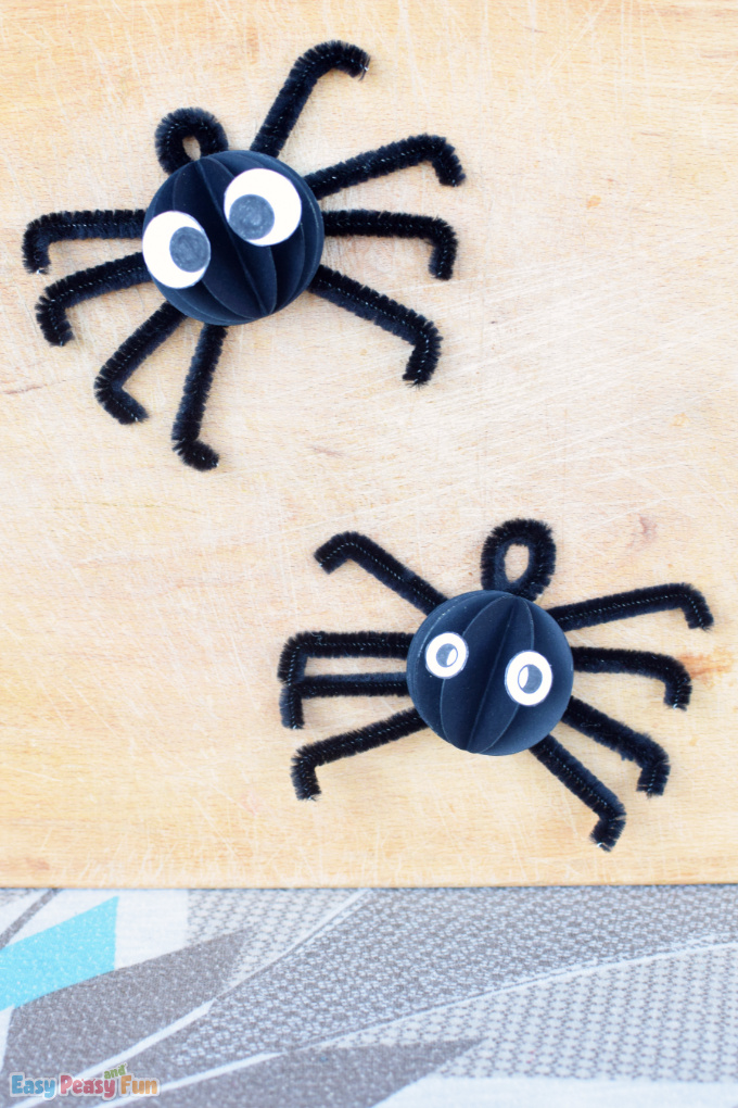 Pipe Cleaner Spider Craft for Kids