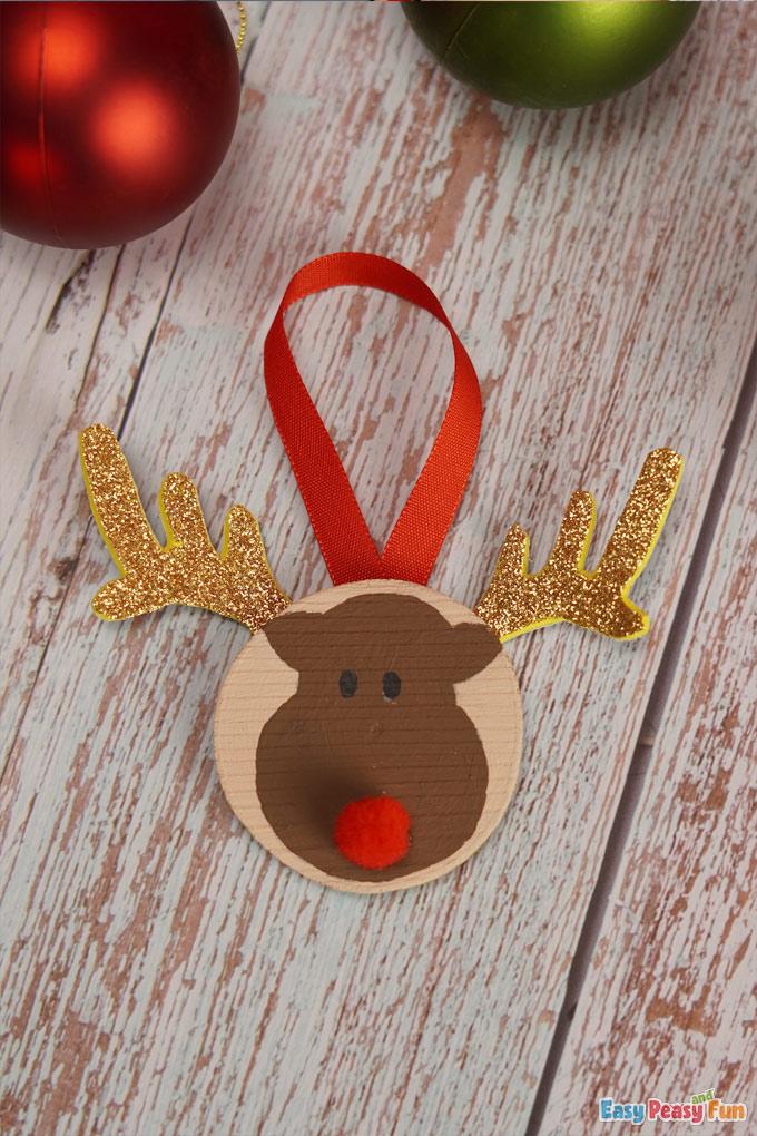 DIY Wooden Slice Reindeer Ornaments
